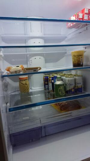 冷蔵室内部20190701