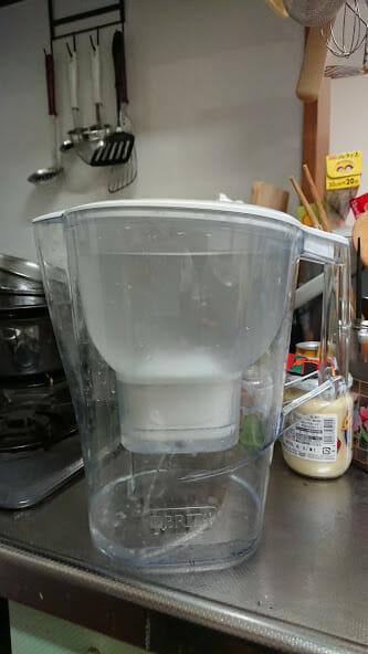 ブリタ ポット型浄水器 アルーナXLで浄水した水を使った感想です。