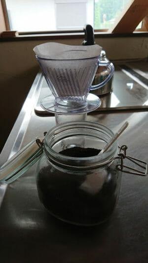 アイスコーヒーを急冷ドリップして作りましたー準備です