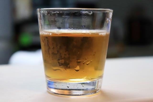 熱中症対策に砂糖入り麦茶で水分補給