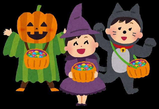 ハロウィンに子供が友達に配るお菓子を一緒に選びました