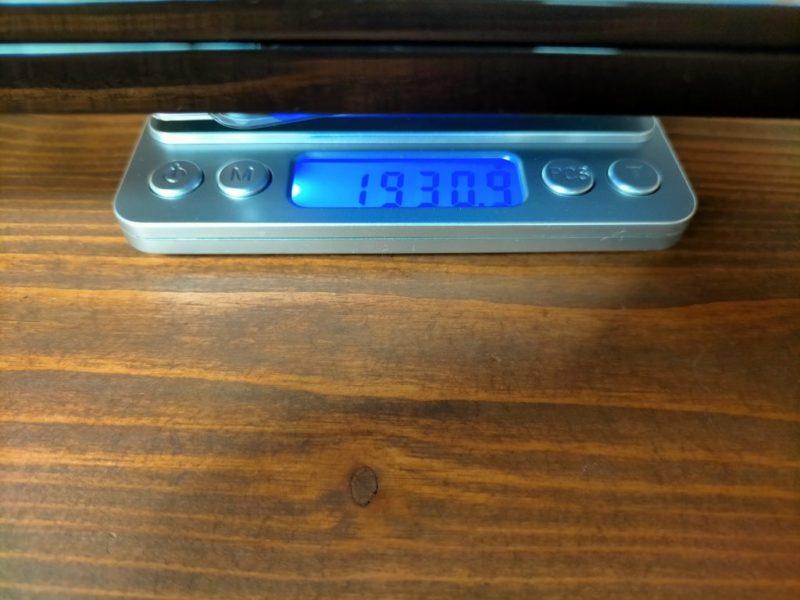 ALIENWARE m15R3重量