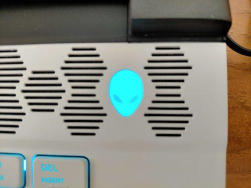Alienware m15R3
